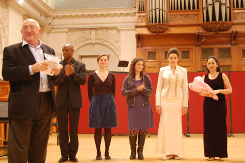 Pictured: Trustee Mike Siefert thanks performers left to right: Ahmed Dickinson, Electra Miliadou, Rosa Camps and Eralys Fernández Méndez